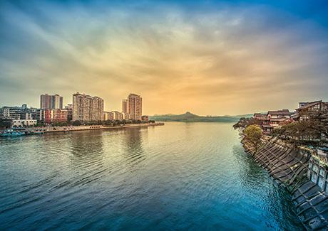 ☎重庆周边游,合川涞滩古镇鹫峰峡漂流、葡萄庄园、友军生态园体验一日旅游