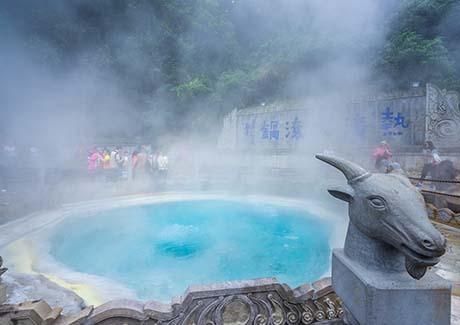 ◆重庆到金佛山旅游.「极限滑雪」金佛山北坡+古佛洞一日游